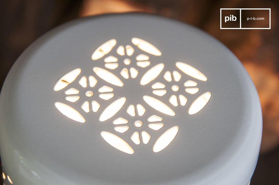 Die Tischleuchte Lënie ist eine kleine Lampe voller Charme