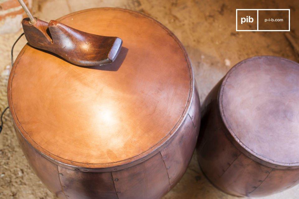 Die zwei Tische Cobré sind total außergewöhnliche kleine Möbel
