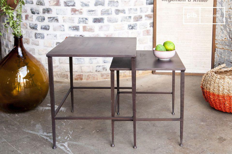 Ein Paar von modularen Tischen, ideal auf beiden Seiten eines Bettes oder Sofas