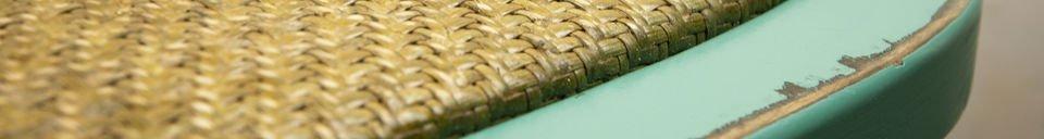 Materialbeschreibung Türkisfarbener Stuhl Pampelune
