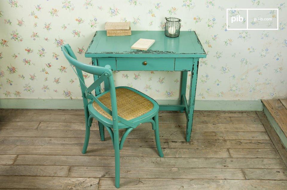 Schreibtisch oder Beistelltisch mit einem Hauch Retro Design