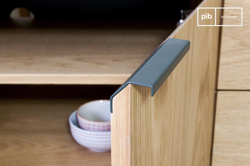 Sie können das TV-Möbel Jackson sowohl in der Küche für das Geschirr als auch im Wohnzimmer für