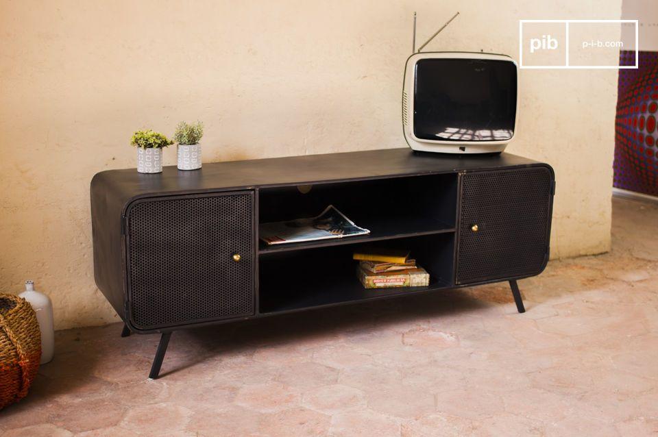 Neben der ästhetischen Seite hat das TV-Möbel aber auch noch einen besonders praktischen Aspekt: