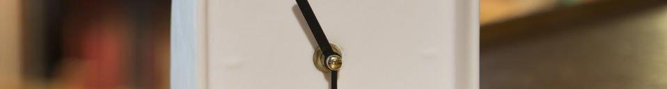 Materialbeschreibung Uhr aus Porzellan Fjorden