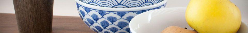 Materialbeschreibung Vier Porzellanschalen Blue Lagoon
