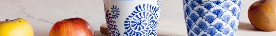 Materialbeschreibung Vier Porzellantassen Blue Lagoon