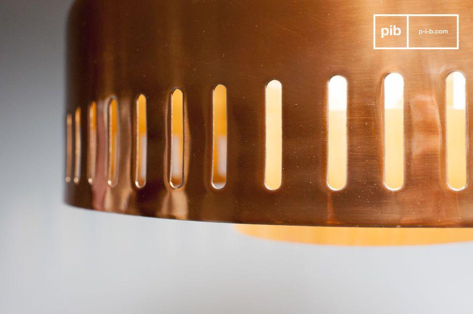 Mit seinem neo-futuristischem Design kann die Hängeleuchte Aheris von einem der Luxus-Wohnungen der