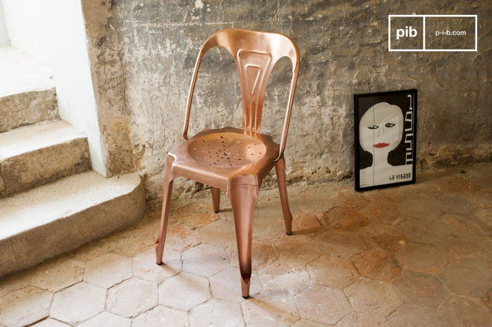 Wählen Sie die Neuausgabe einer Ikone der metallischen Möbel der 20er Jahre