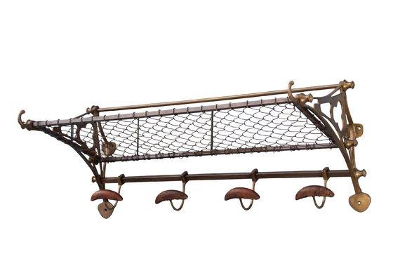 Wandgarderobe im Eisenbahn-Stil ohne jede Grenze