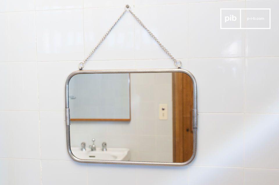 Wandspiegel mit Gabinkette