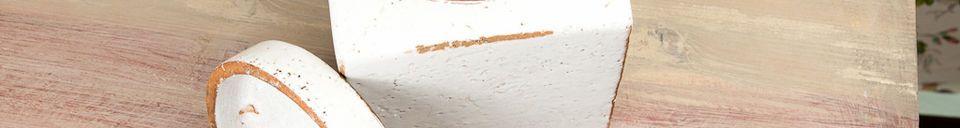 Materialbeschreibung Weißer Tontopf für Nüsse