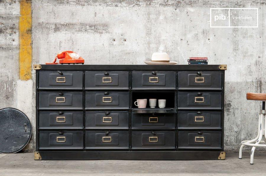 Möbel im Industriedesign: Inspiration von alten Fabrikshallen!