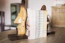Chehoma : Buchstützen aus Fußmodellen